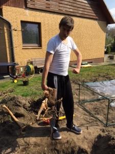 Gartenarbeit - nur was für echte Männer