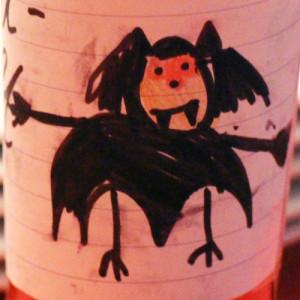 Blut aus der Flasche: Mit dem richtigen Etikett wird Saft zu Blut und Blumenkohl zu Gehirn.